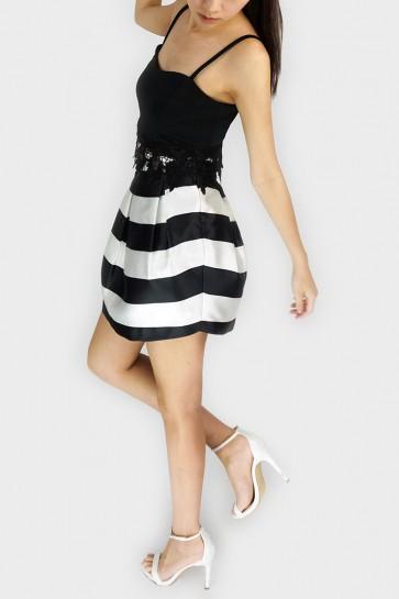 Liz Striped Balloon Skirt - Black and White