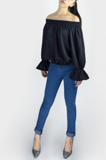 Take A Bow Off The Shoulder Blouse - Black