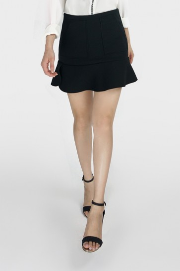 Pocket Flounce Hem Mini Skirt