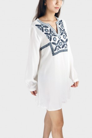 Clara Embroidery Loose Dress